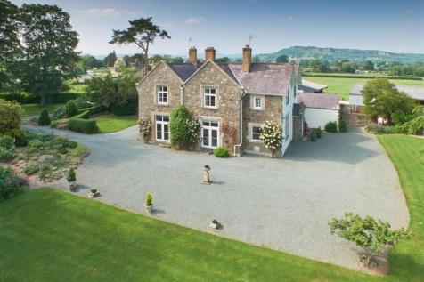 Stone Grange, Llandysilio, Llanymynech  SY22 6QZ, Mid Wales - House / 5 bedroom house for sale / £650,000