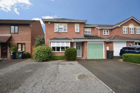 4 Cunningham Way, Herongate, Shrewsbury SY1 3SR. 4 bedroom detached house