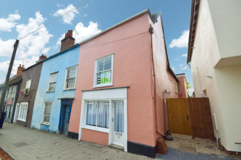 East Hill, Colchester, Essex. 1 bedroom end of terrace house
