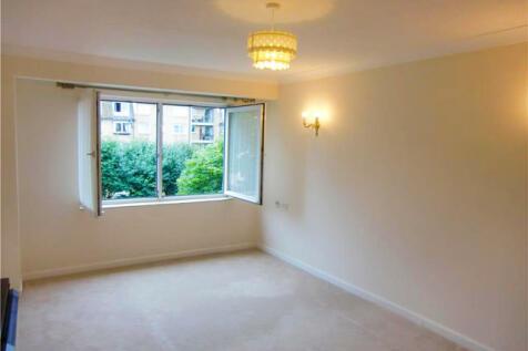 Homelatch House, St Leonards Road, Eastbourne, East Sussex. 1 bedroom retirement property