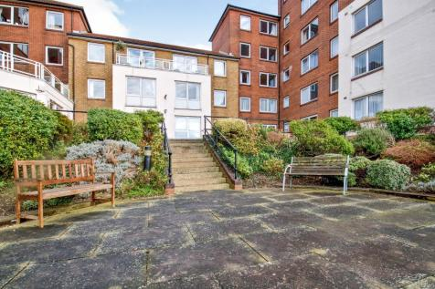 Homecove House, Holland Road, Westcliff-On-Sea, Essex. 1 bedroom retirement property