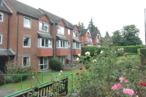 Heath Court, Heath Road, Haywards Heath, West Sussex. 1 bedroom retirement property