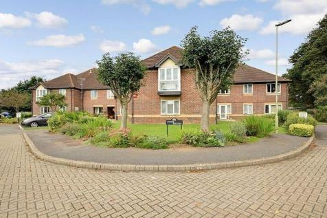 Copper Beeches, Homemead, Denmead, Waterlooville, Hampshire. 1 bedroom retirement property
