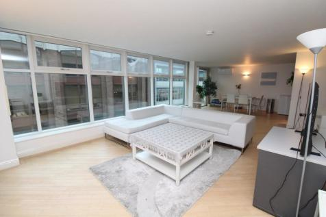 Whitworth Street West, Manchester. 2 bedroom penthouse for sale