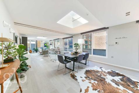 Stukeley Street, London, WC2B. 3 bedroom flat for sale