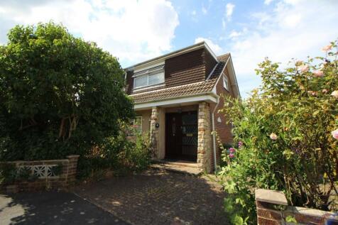 Flamstead End Road, Cheshunt, Waltham Cross, EN8. 3 bedroom detached house for sale