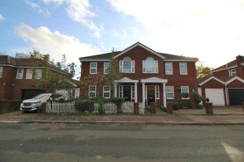Brookfield Lane West, Cheshunt, Waltham Cross. 4 bedroom semi-detached house for sale