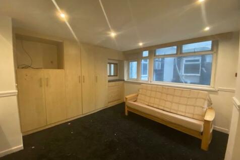 The Promenade Blackpool FY1 5DL. 1 bedroom flat