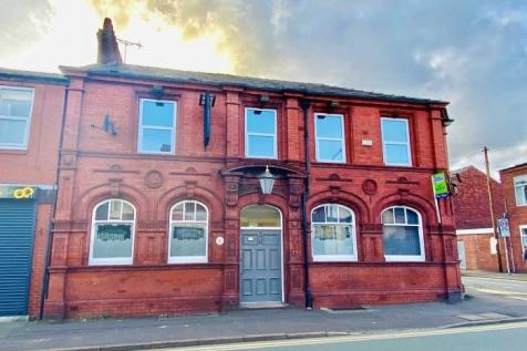 Plungington Road Preston PR1 7EN. 10 bedroom terraced house for sale