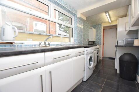 Redshaw Street, Derby DE1 3SG. 4 bedroom house share