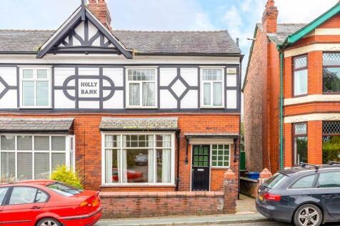 Chorley Road, Wigan. 3 bedroom semi-detached house