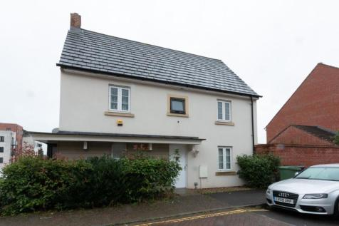 Sinclair Drive, Basingstoke, RG21. 3 bedroom detached house