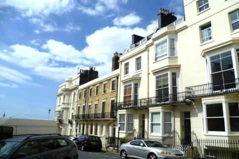 Belgrave Place, Brighton, BN2. Studio flat