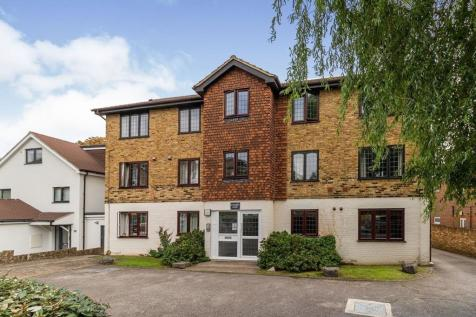 Rushmon Court Hook Road, Surbiton, KT6. 1 bedroom flat