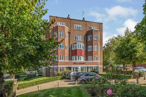 Hill Court St. Marks Hill, Surbiton, KT6. 2 bedroom flat