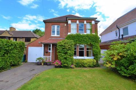 Headstone Lane, North Harrow. 4 bedroom detached house