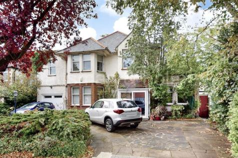 Basing Hill, NW11. 5 bedroom house for sale
