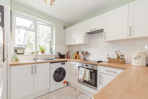Millway Close, North Oxford. 1 bedroom apartment