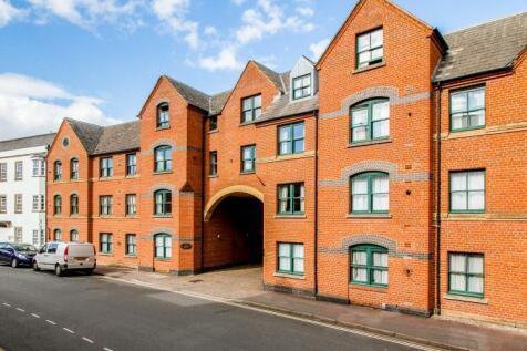 St Thomas Street, City Centre. 1 bedroom apartment