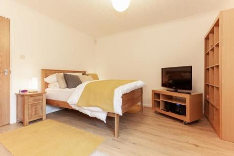 Trinity Street, Central Oxford. 1 bedroom apartment