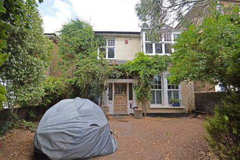 Clyde Road, East Croydon, CR0. 5 bedroom detached house