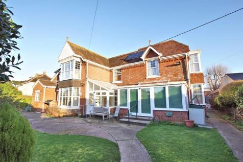 Britten Road, Lee-on-the-Solent, PO13. 15 bedroom detached house
