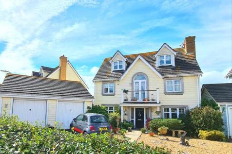 David Newberry Drive, Lee-on-the-Solent, PO13. 5 bedroom detached house