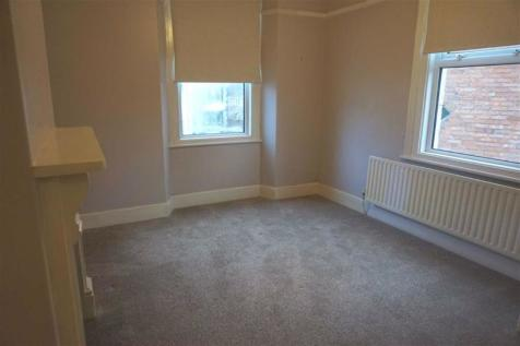 Weston-super-Mare. 3 bedroom flat