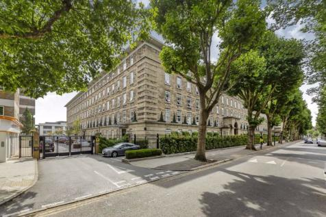 Bromyard Avenue, Acton. 2 bedroom flat