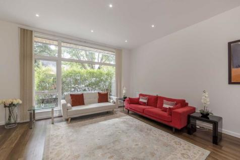 Packington Road, Acton. 4 bedroom house
