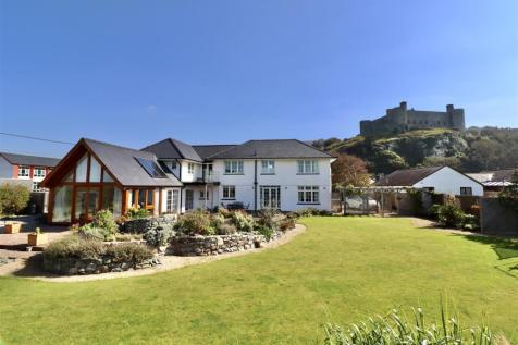 Beach Road, Harlech. 5 bedroom house for sale