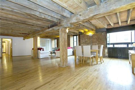 Wheat Wharf Apartments, 27 Shad Thames, London. 2 bedroom flat