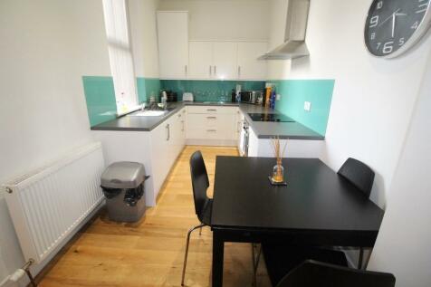 280 Union Grove, Aberdeen, Aberdeenshire, AB10. 1 bedroom ground floor flat