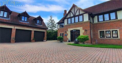 Bramhall Drive, High Generals Wood, Washington, Tyne & Wear.. 5 bedroom detached house for sale