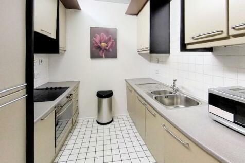 Cromwell Road, London, SW7. Studio flat