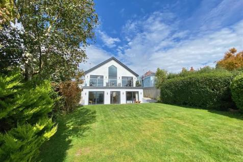 Plymstock, Plymouth. 5 bedroom detached bungalow