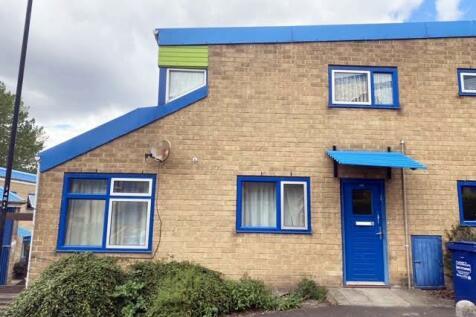 Raby Street, Byker, Newcastle Upon Tyne. 1 bedroom ground floor flat