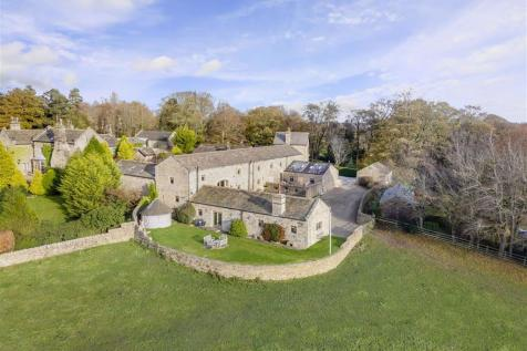Hill Top Lane, Pannal, North Yorkshire. 4 bedroom character property for sale