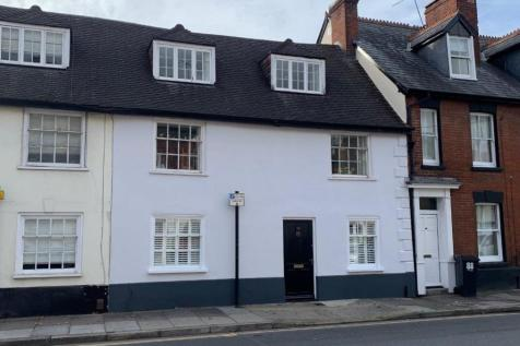Salisbury. 4 bedroom town house for sale