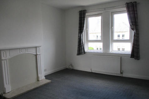 Bonnyton Road, Kilmarnock, Ayrshire, KA1. 2 bedroom flat