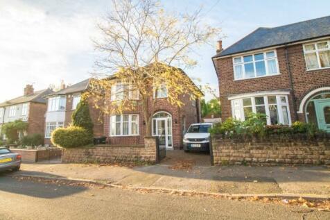 Wadham Road, Woodthorpe, Nottingham, NG5 4JB. 3 bedroom detached house for sale