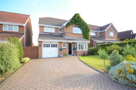Weymouth Drive, Seaham, County Durham, SR7. 4 bedroom detached house