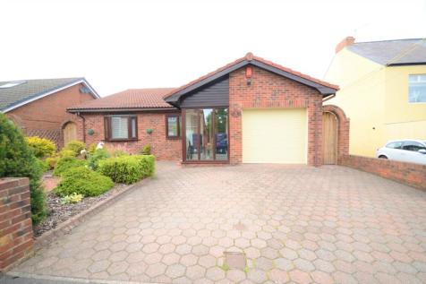 Christchurch Court, Seaham, County Durham, SR7. 3 bedroom detached bungalow