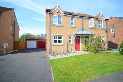 Stoneycroft Way, East Shore Village, Seaham, County Durham, SR7. 3 bedroom semi-detached house