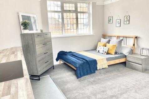 Park Crescent, Wolverhampton, West Midlands, WV1. 1 bedroom house share