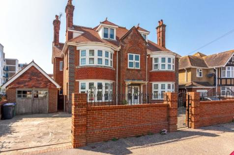 Seaview Road, Worthing. 6 bedroom house