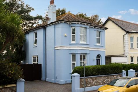 Madeira Avenue, Worthing. 5 bedroom detached house