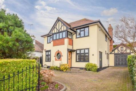 Western Road, Leigh-on-sea, Essex. 5 bedroom detached house