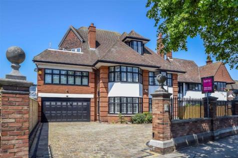 Chalkwell Avenue, Westcliff-on-sea, Essex. 6 bedroom detached house for sale