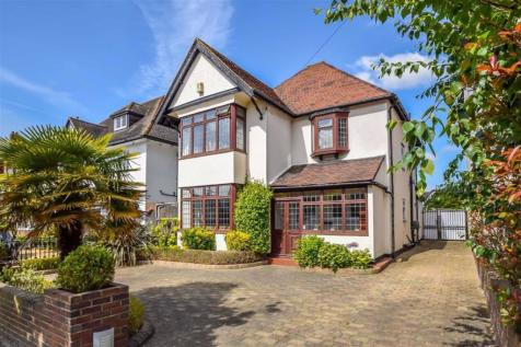 Chadwick Road, Westcliff-on-sea, Essex. 4 bedroom detached house for sale